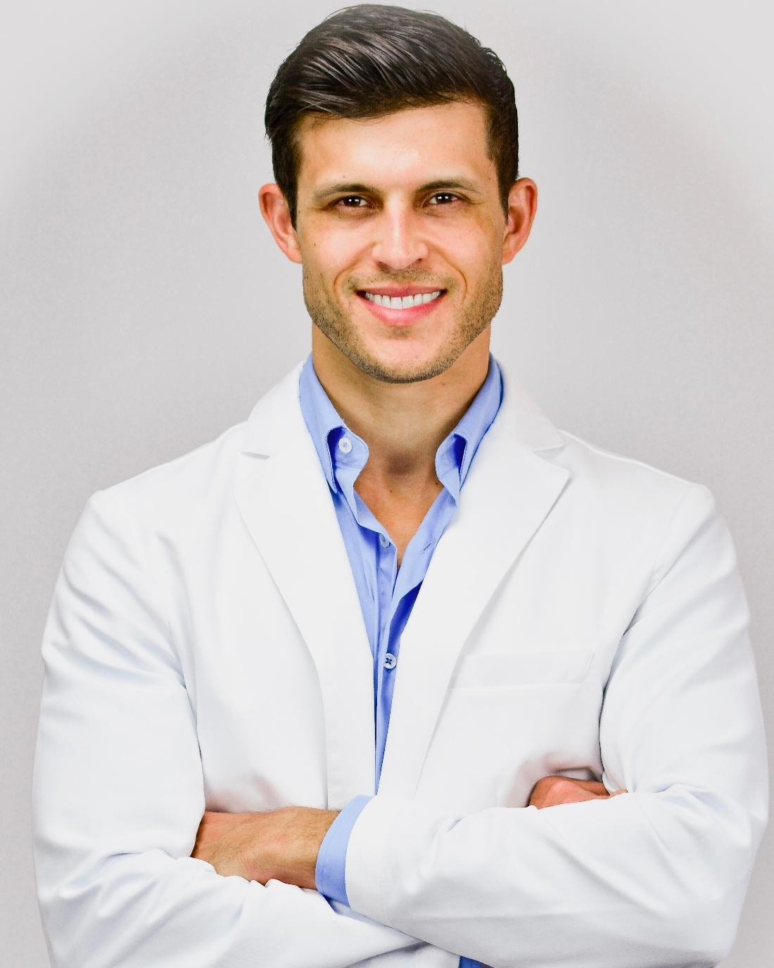 Top Dentist in Santa Monica | Dr. Chris Strandburg